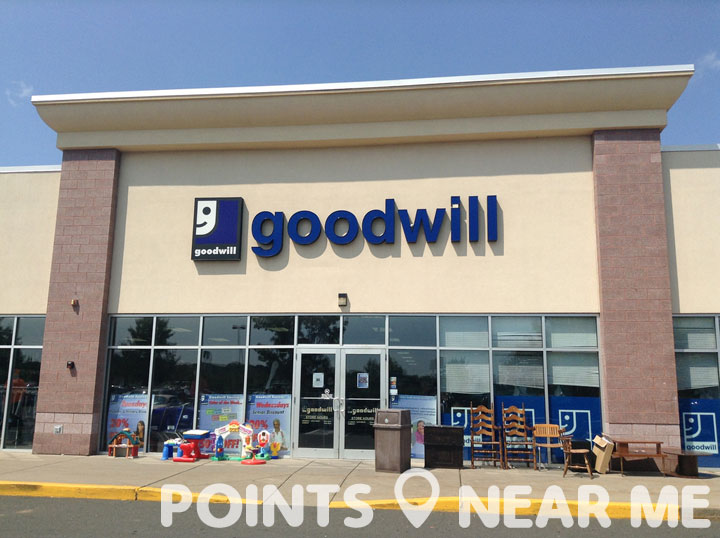 Goodwill clothing store near me
