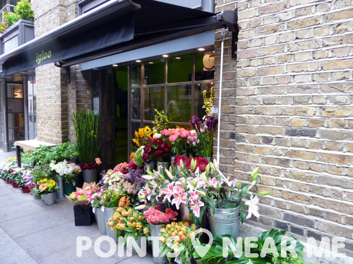 Flower Baskets Near Me : Florists near me points