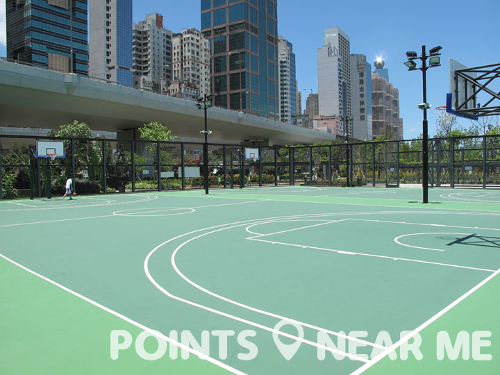basketball courts near me